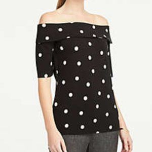 NEW** ANN TAYLOR DOTTED SHOULDER TOP SIZE M